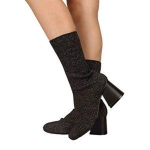 CAPE ROBBIN ✨NWOT Black Metallic Chunky Sock Boots